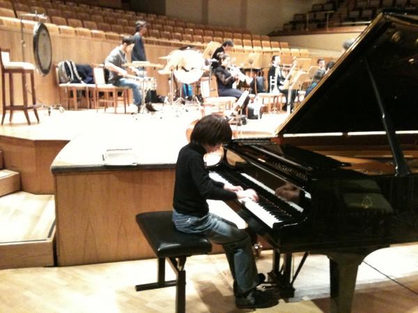 Probando el piano en el Auditorio Nacional