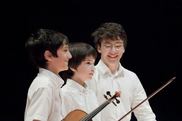 Matteo con los hermanos Canosa Villafane
